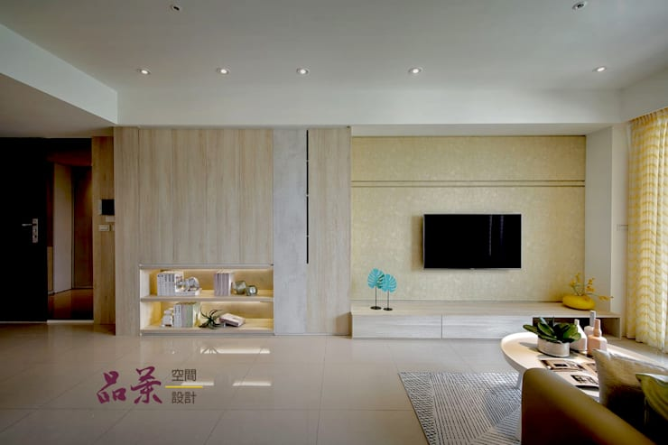 居家的溫度->來點銀杏色彩吧!! :  客廳 by 品茉空間設計/夏川設計, 北歐風