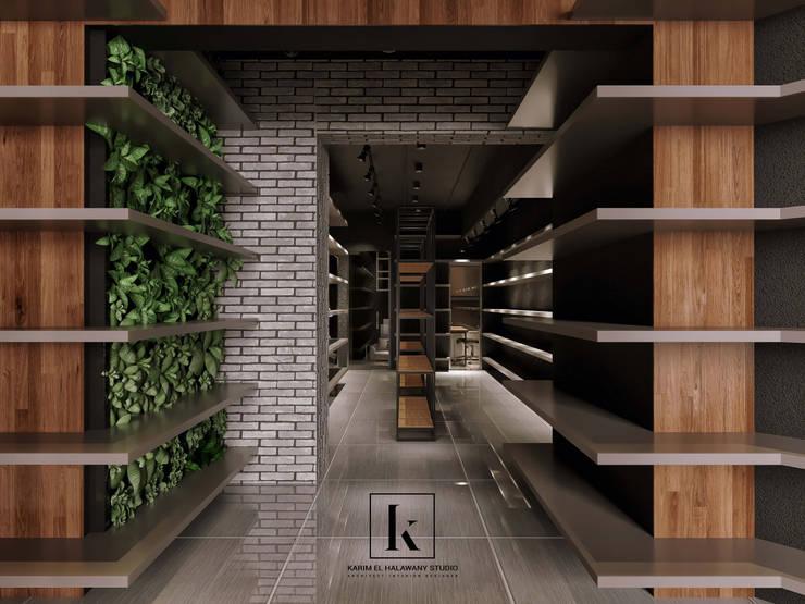 محل تجاري:  مكاتب ومحلات تنفيذ Karim Elhalawany Studio, حداثي