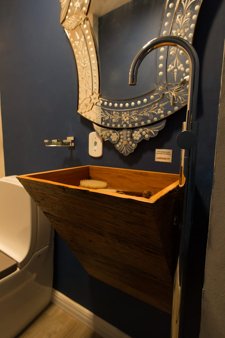 Apartamento da 'Kite Surf': Banheiros  por KELLY ALMEIDA,Mediterrâneo