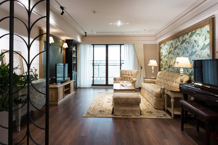日光綠景:  客廳 by 松泰室內裝修設計工程有限公司, 鄉村風 木頭 Wood effect