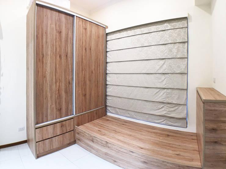 全室案例-台北市大同區-1:  臥室 by ISQ 質の木系統家具, 北歐風