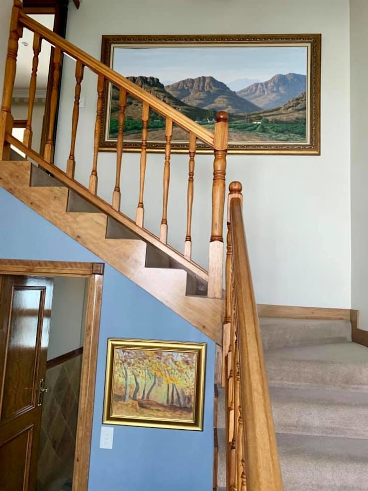 2015 Classical Interior Renovation—Revisited 2019:  Stairs by CS DESIGN, Classic