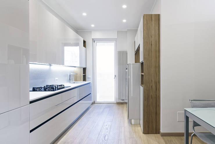 BEIGE IS THE NEW WHITE di GruppoTre Architetti Moderno