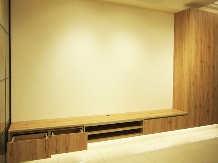 全室案例-台北市大同區-2:  客廳 by ISQ 質の木系統家具, 北歐風
