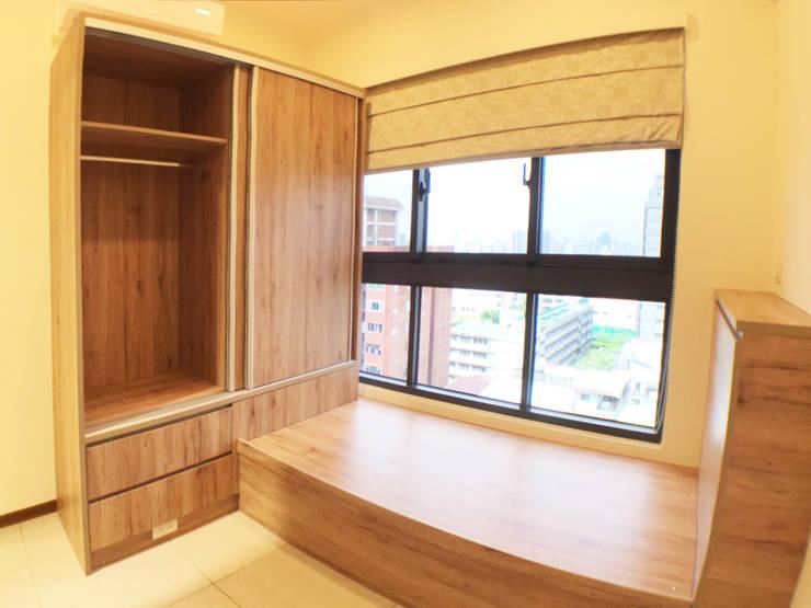 全室案例-台北市大同區-2:  臥室 by ISQ 質の木系統家具, 北歐風