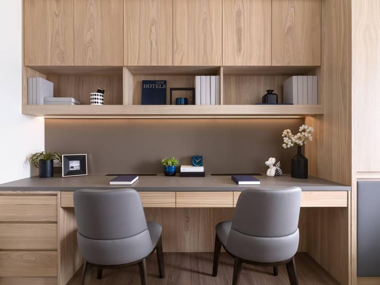 書房:  書房/辦公室 by 存果空間設計有限公司, 現代風