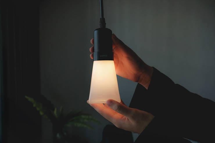 루미르B 디자인 LED 전구 : 주식회사 루미르의 현대 ,모던