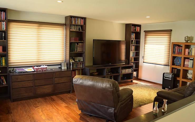 Modern Living Room by GIL+GIL Modern