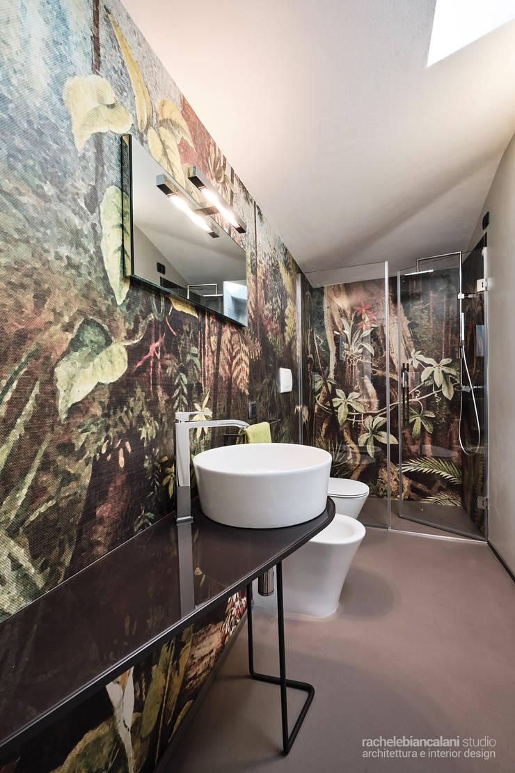 Salle de bain minimaliste par Rachele Biancalani Studio Minimaliste