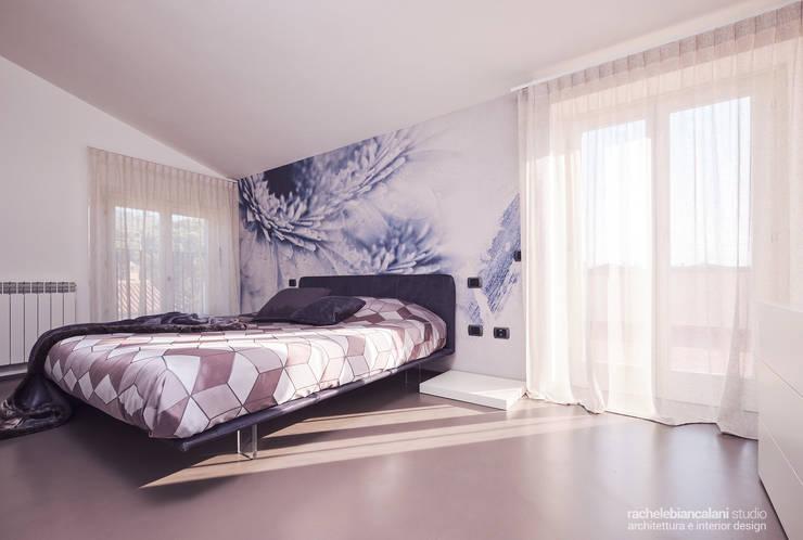 Chambre minimaliste par Rachele Biancalani Studio Minimaliste