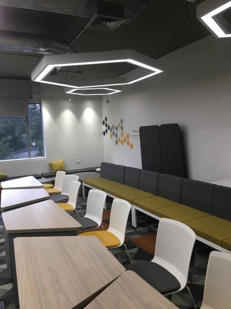 Centro de estudio moderno: Habitaciones juveniles de estilo  por Moss arquitectura y mobiliario SAS, Industrial Metal