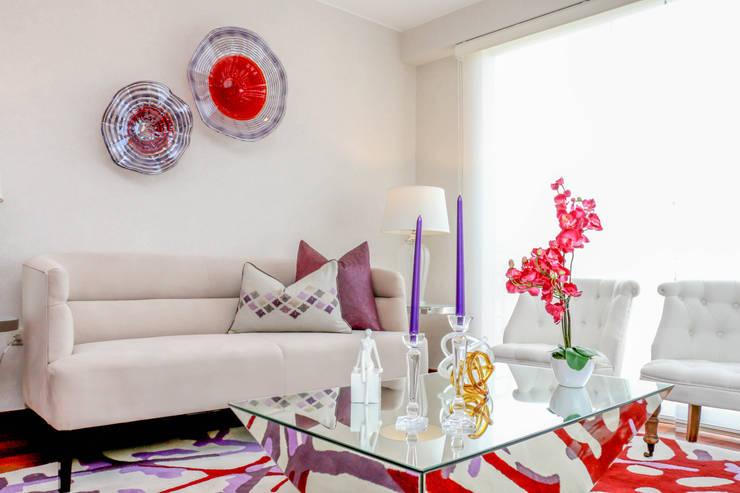 Proyecto AR: Salas / recibidores de estilo  por Mario Ramos, Moderno