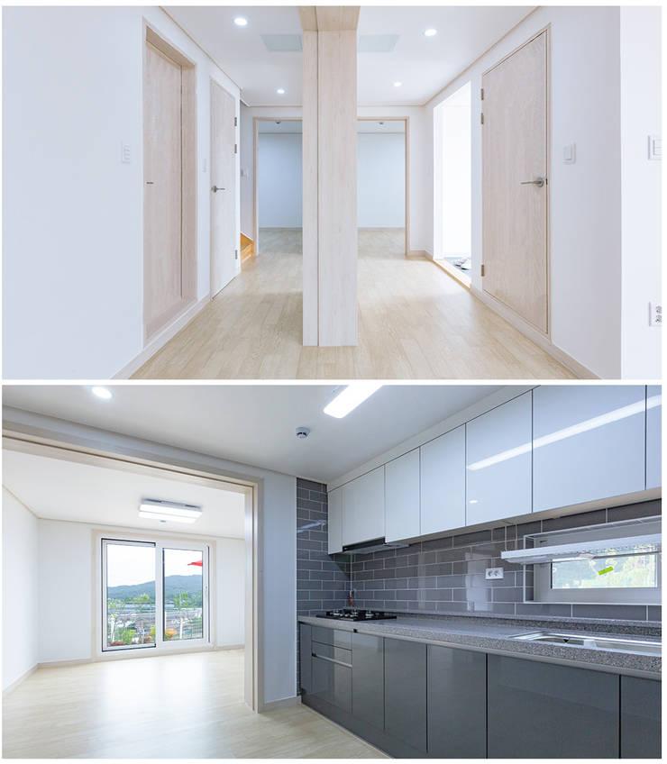 Interior :: 내부: 공간제작소(주)의  테라스 주택,모던