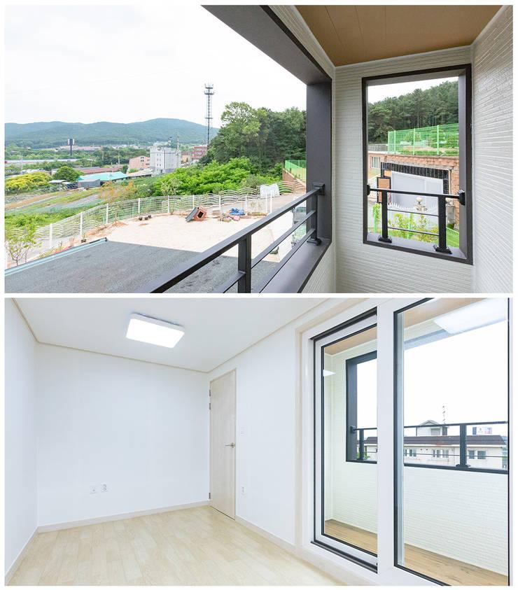 by 공간제작소(주) Modern