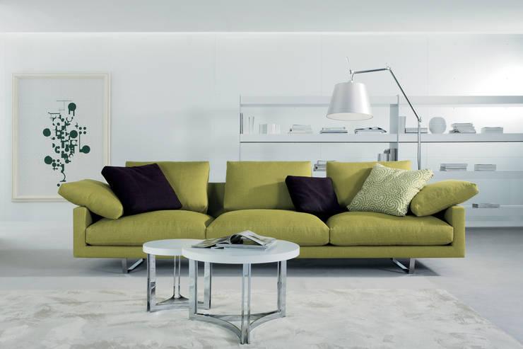 SOFÁS:  de estilo  por CMS Mobiliario, Moderno Textil Ámbar/Dorado