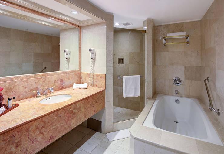 Fotografia arquitectónica - Interiores por fabianpulido.com:  de estilo  por Fabian Pulido Photography, Clásico