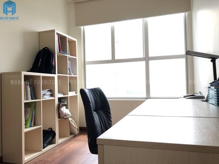 Tủ đựng sách nhiều ngăn:  Phòng ngủ by Công ty TNHH Nội Thất Mạnh Hệ, Hiện đại Gỗ thiết kế Transparent