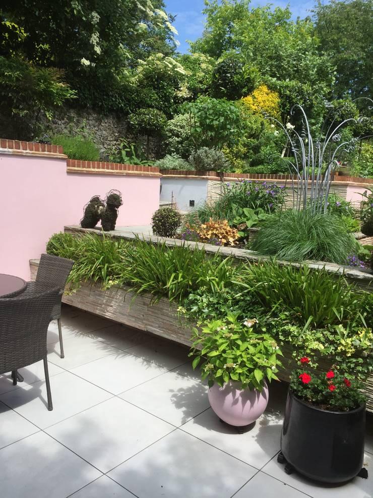 Garden Design In Guildford :  Garden by 1 to one garden design, Eclectic