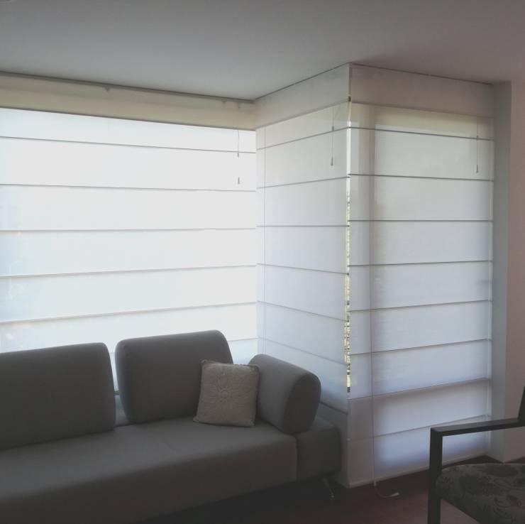 ROMANAS:  de estilo  por CMS Mobiliario, Moderno Textil Ámbar/Dorado