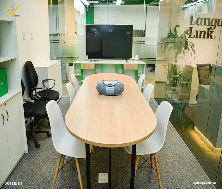 Phòng họp:  Phòng học/Văn phòng by SY DESIGN, Hiện đại