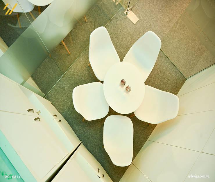 Công trình thiết kế nội thất trung tâm tiếng anh Language Link:  Phòng giải trí by SY DESIGN, Hiện đại