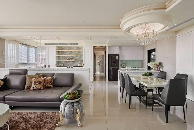 客餐廳x書房x廚房三合一:  客廳 by 趙玲室內設計, 古典風