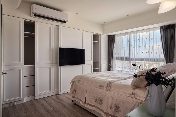 主臥室-櫃體空間:  溫室 by 趙玲室內設計, 古典風