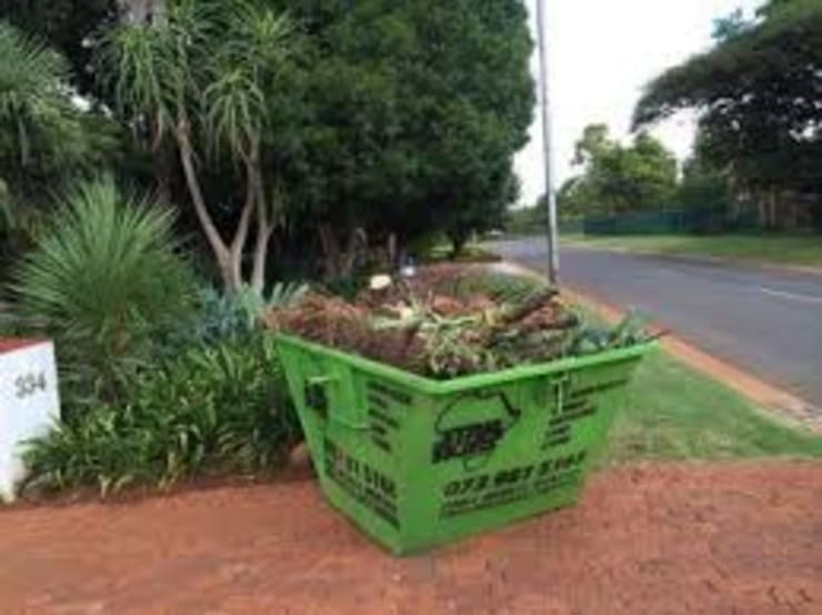 Star Skips Mini Skip Hire Pretoria:  Garden by Star Skips Mini Skip Hire Pretoria, Classic