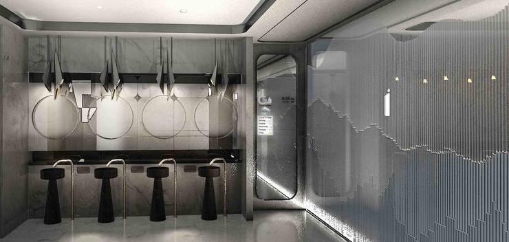 時尚廁所:  酒吧&夜店 by 亚卡默设计 Akuma Design , 現代風 金屬