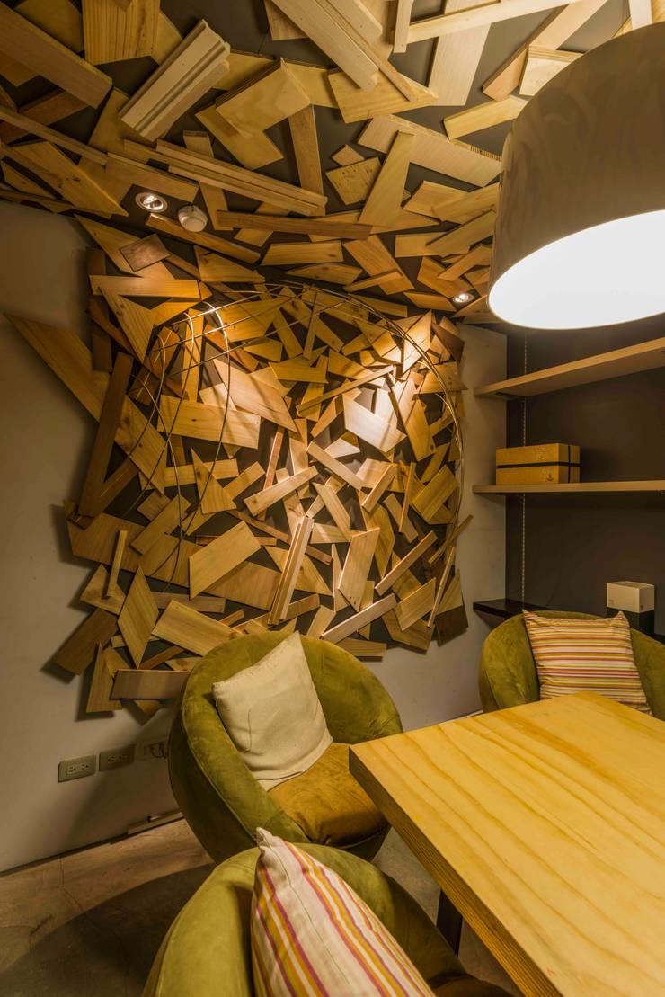 小會議室:  商業空間 by 亚卡默设计 Akuma Design , 工業風 水泥