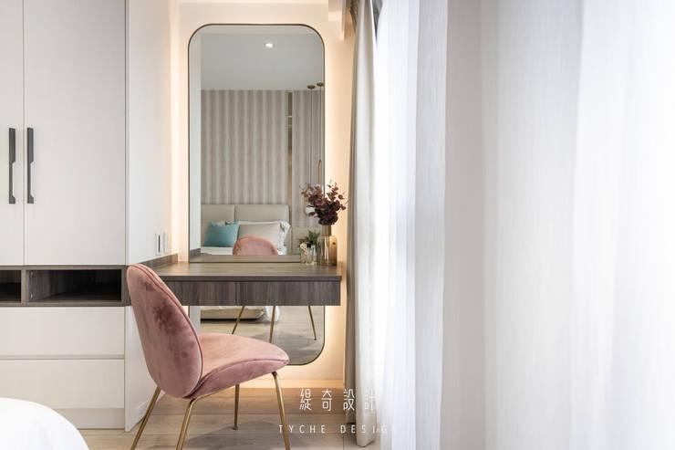 Project | 晴。詩:  臥室 by 緹奇設計, 現代風 木頭 Wood effect
