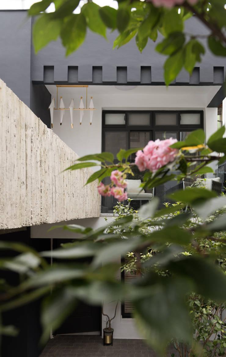 Houses by 肯星室內設計, Modern