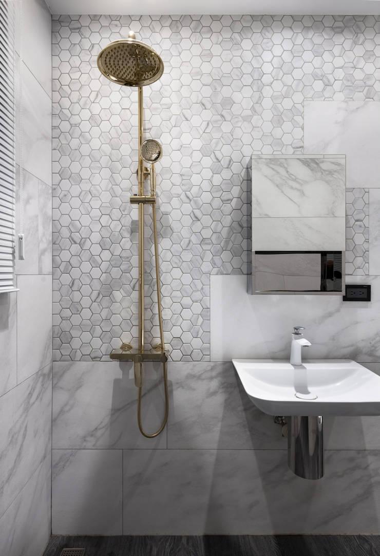 Bathroom by 肯星室內設計, Minimalist