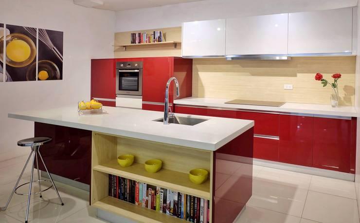 Scandinavian Inspired Kitchen: scandinavian  by Ideal Home, Scandinavian Quartz