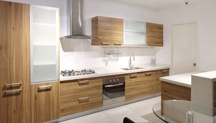Contemporary Kitchen: tropical  by Ideal Home, Tropical Plywood