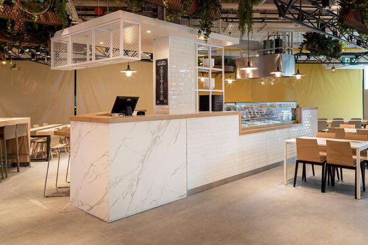 Moderne Arbeitszimmer von MOBEC Modern