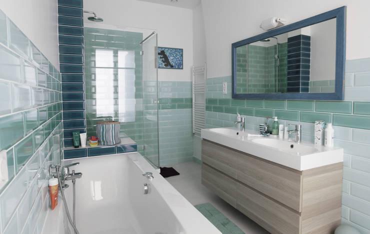 Salle de bains: Salle de bains de style  par Créateurs d'Interieur, Éclectique