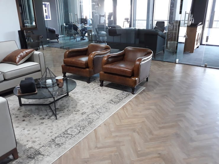 Vinyl Parquet Planks and Carpet:  Office buildings by Flooring Projects, Modern Wood-Plastic Composite