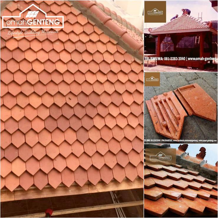 HP/WA: 08122833040 - Genteng Sirap Gazebo - Omah Genteng: Atap gable oleh Omah Genteng, Country Batu Bata