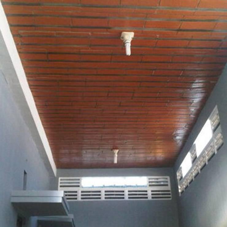 Dak Keraton Ceiling Brick – HP/WA: 08122833040 – Omah Genteng: Lantai oleh Omah Genteng, Rustic Batu Bata