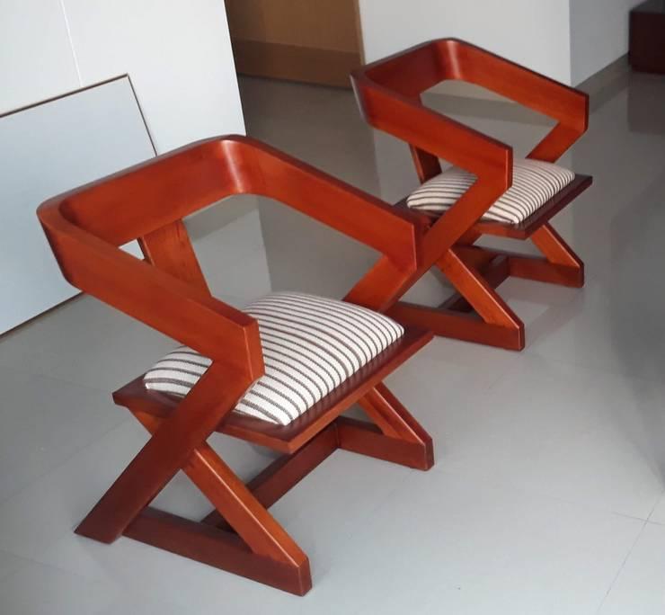 Sillas Sigma de Etnia - Mobiliario e Interiorismo Minimalista Madera Acabado en madera
