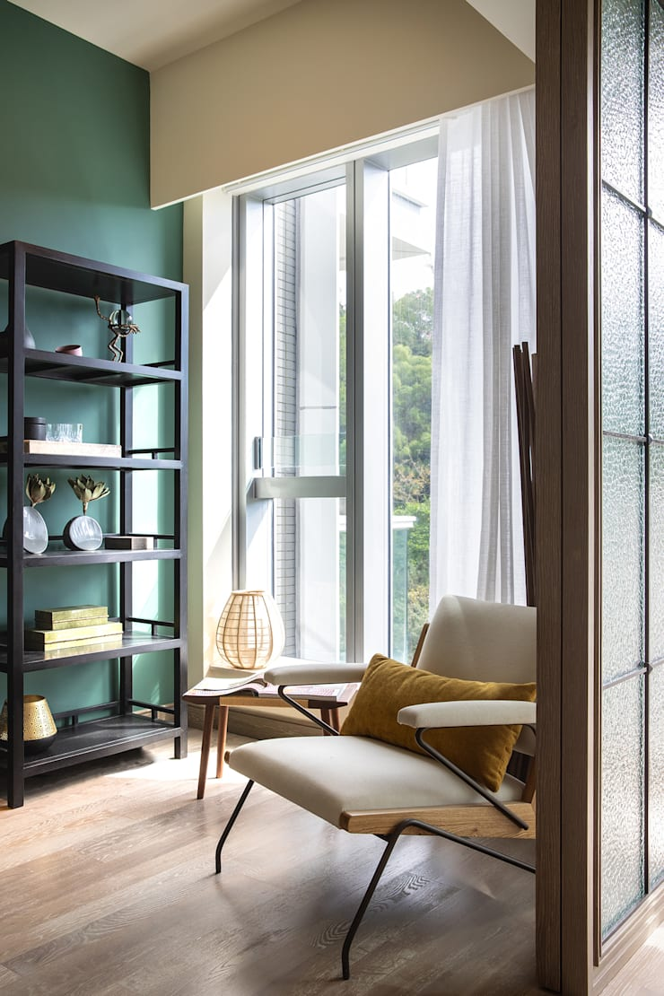 Library and flexible space Modern style bedroom by Lot Architects Ltd Modern