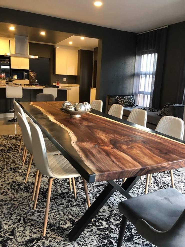 Bedfordview Villa Modern dining room by CKW Lifestyle Associates PTY Ltd Modern