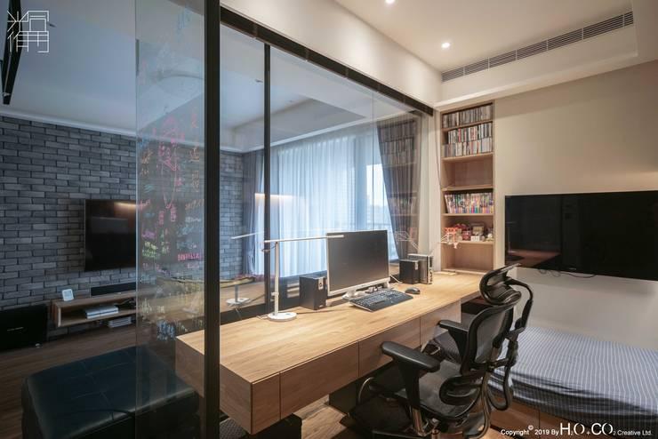 書房 根據 光合作用設計有限公司 現代風 實木 Multicolored