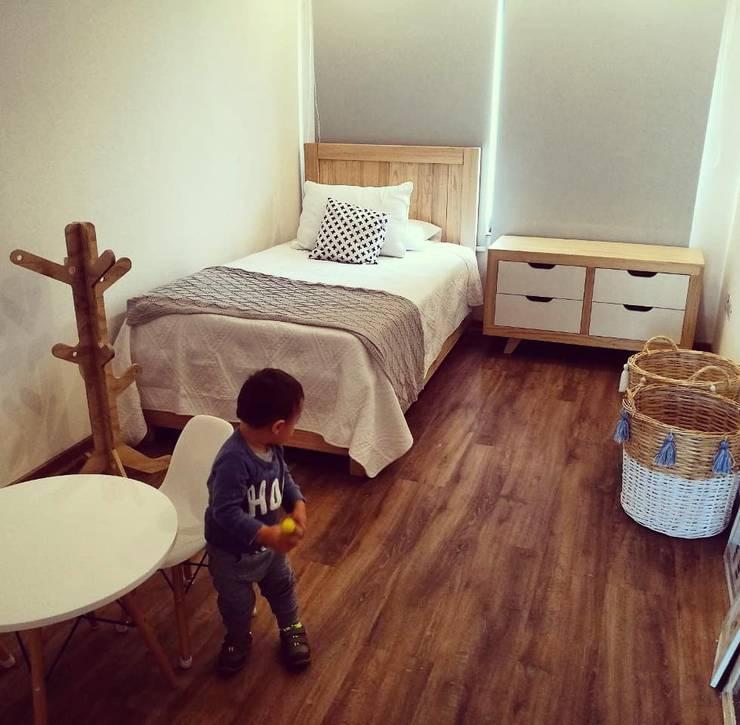Dormitorio Montessori de Taller Carpintería Massive Escandinavo Madera maciza Multicolor