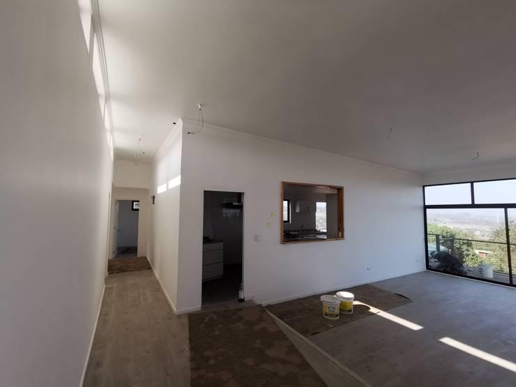Casa Punta Piedra Ritoque Comedores de estilo moderno de MMS Arquitectos Moderno