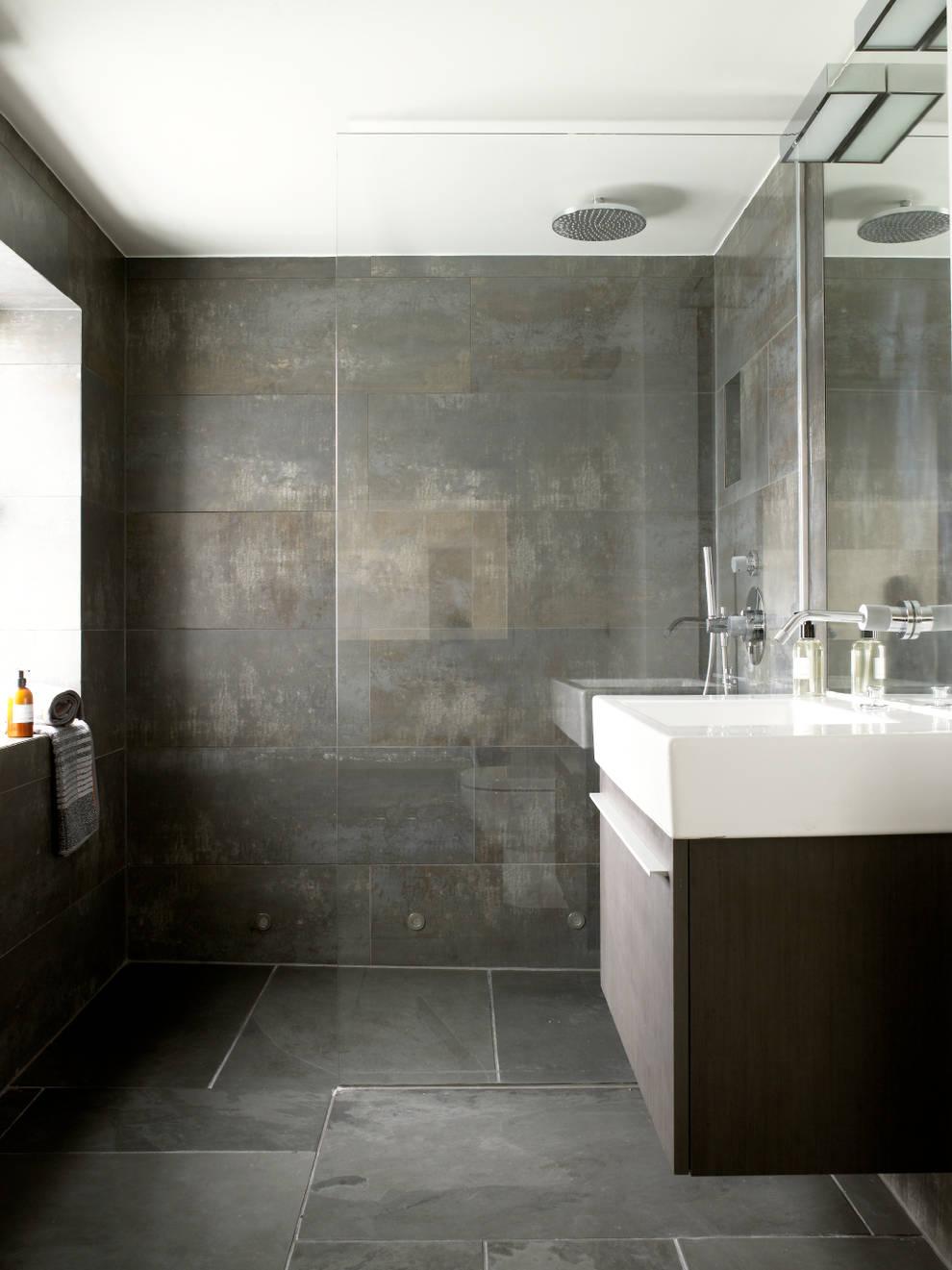 Baños de estilo  por LEIVARS