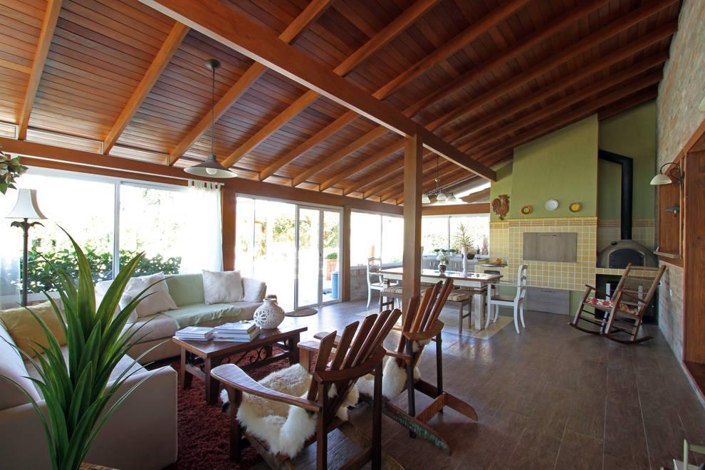 CASA DE CAMPO: Casas rústicas por Graça Brenner Arquitetura e Interiores