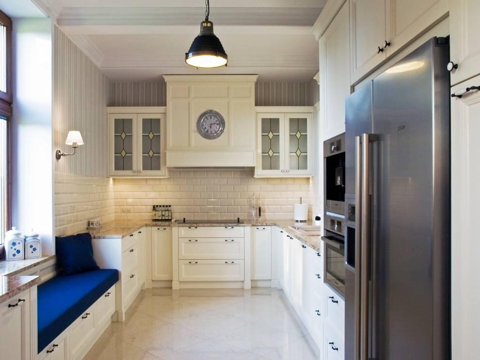 Cucina in stile in stile Classico di PROJEKT MB