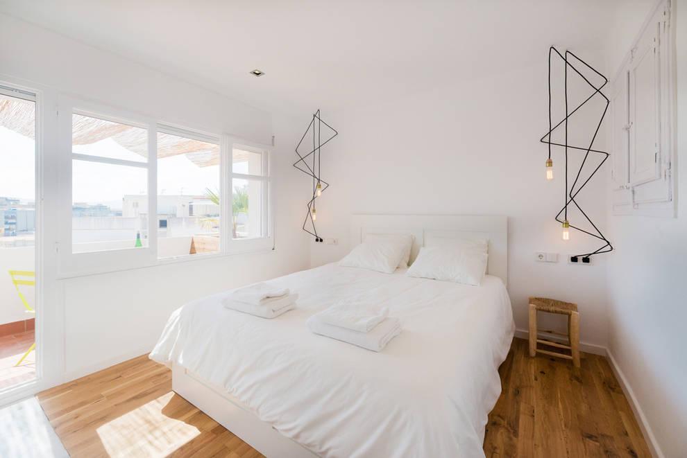 Dormitorios de estilo  por LF24 Arquitectura Interiorismo